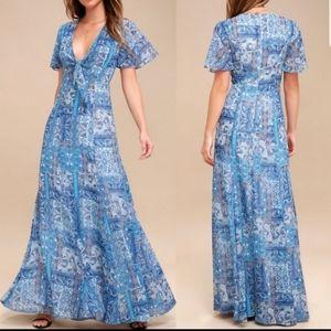 "NWT Lulu's Wing""s of Love Blue Print Maxi Dress"